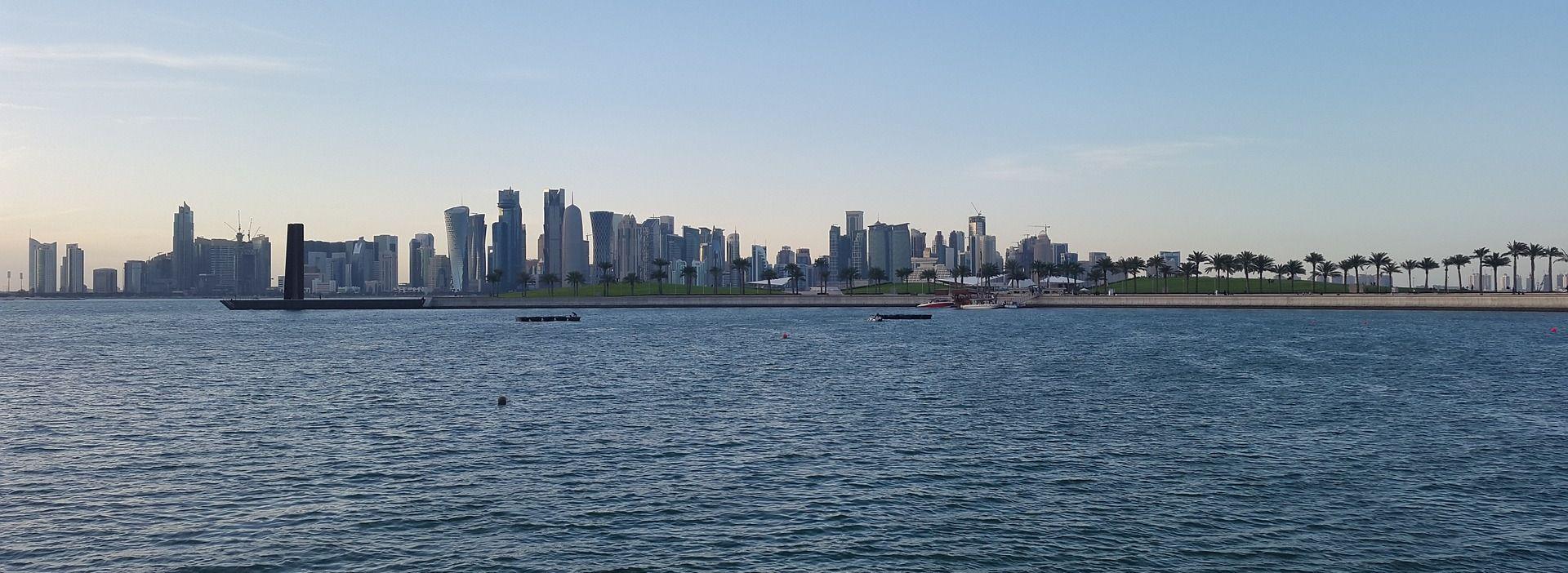 UAE zabranio građanima da pokazuju naklonost prema Kataru