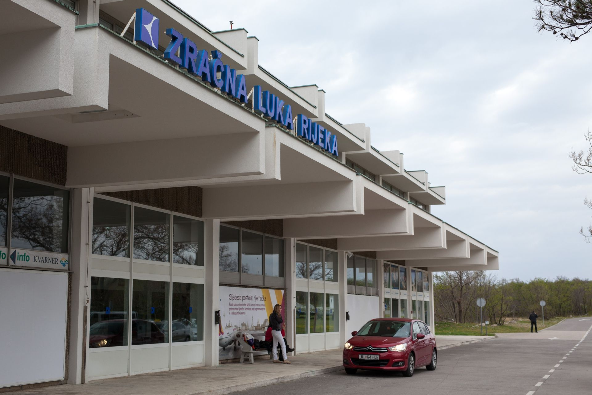 HNS i SDP: Država se prema riječkom aerodromu ponaša maćehinski