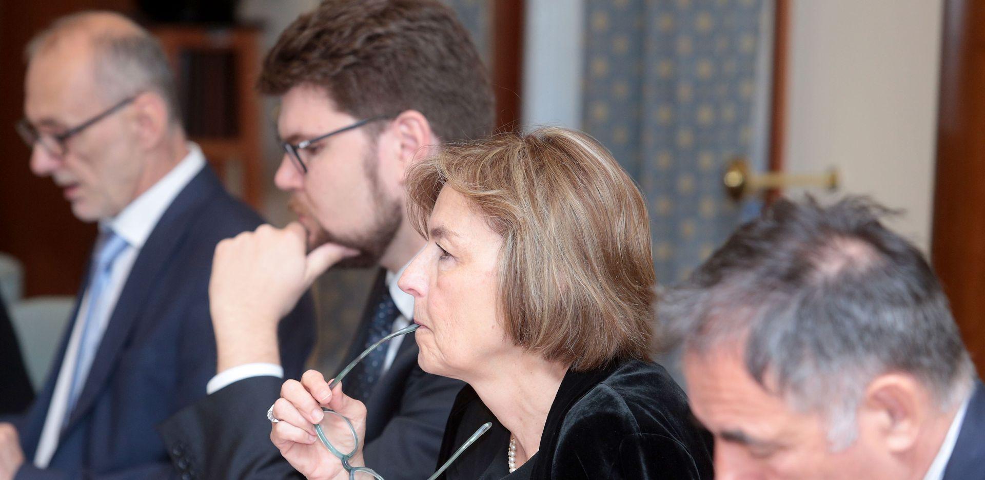 POSTIGNUT DOGOVOR HDZ-a i SDP-a: Izabrano 10 kandidata za Ustavni sud
