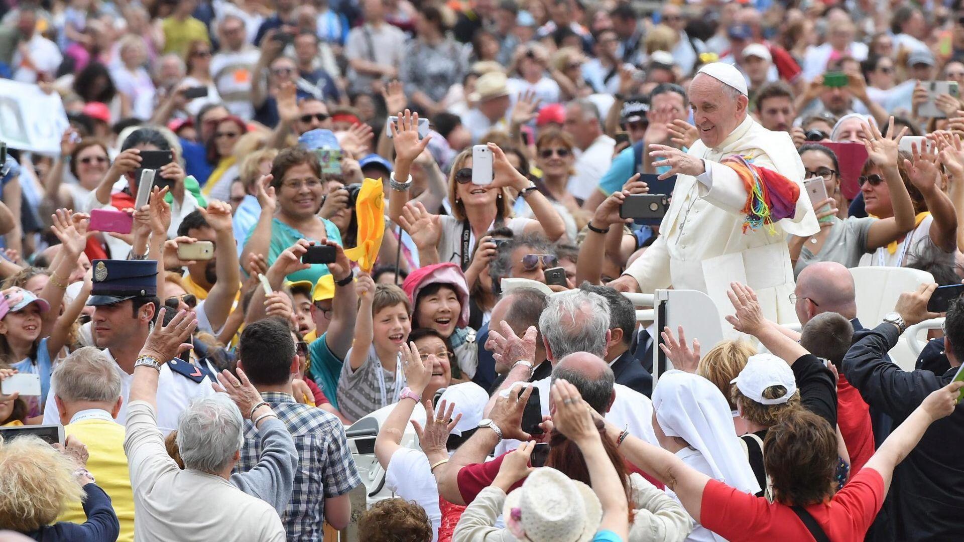 SUKOBI I SIROMAŠTVO: Vatikan poziva muslimane na opću solidarnost