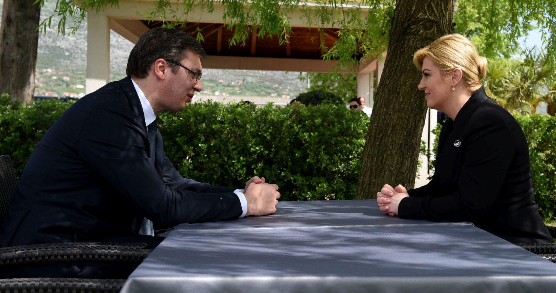 POTPISIVANJE DEKLARACIJE: Grabar-Kitarović i Vučić u ponedjeljak dižu odnose na novu razinu