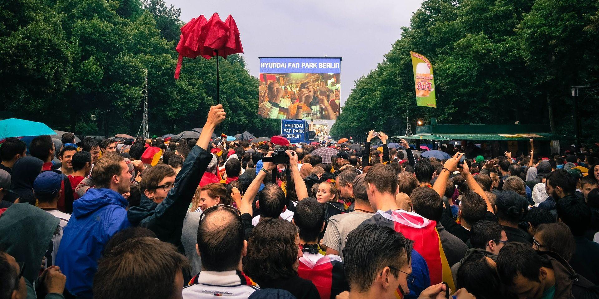 EURO2016 Francuska policija traži zatvaranje fan zone u Parizu