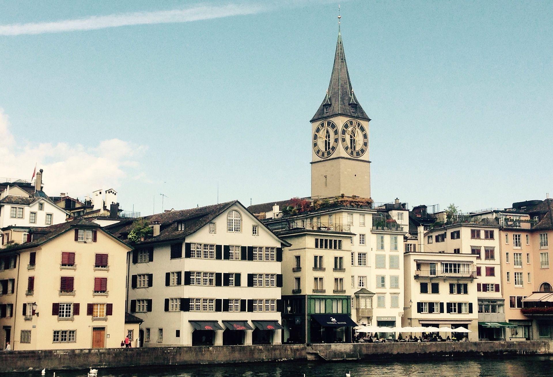 Samoubojstva direktora mijenjaju savršenu sliku o Švicarskoj