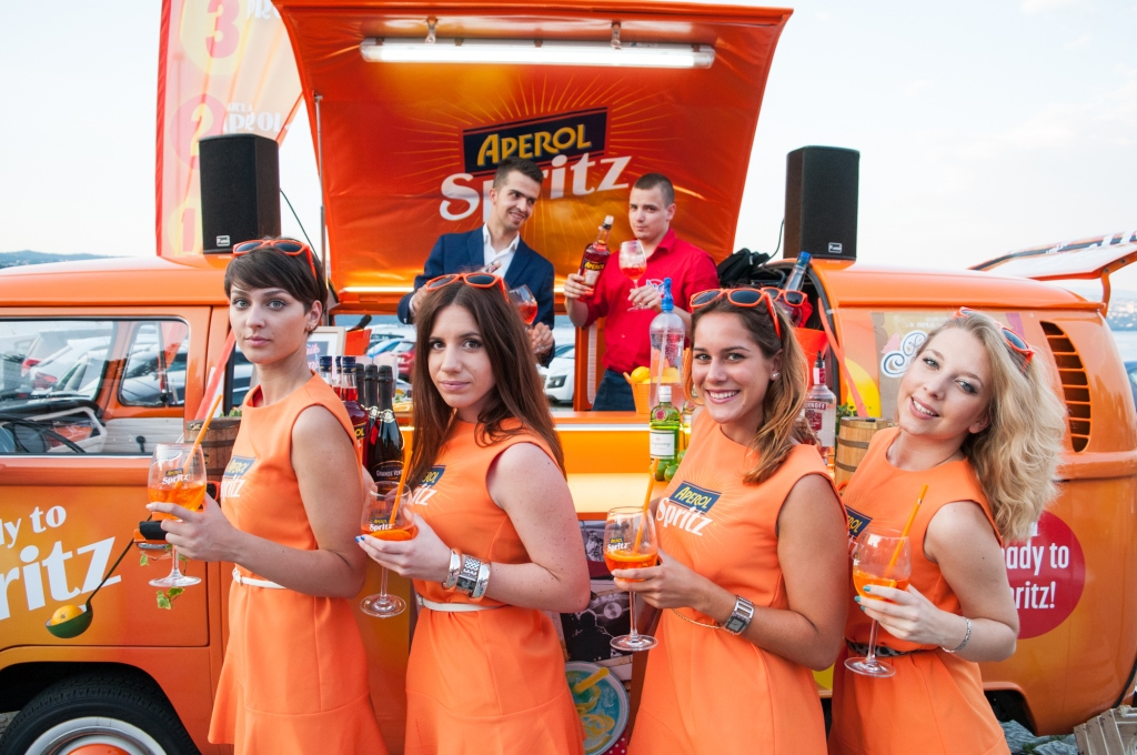 Aperol Spritz Pop-up Bar