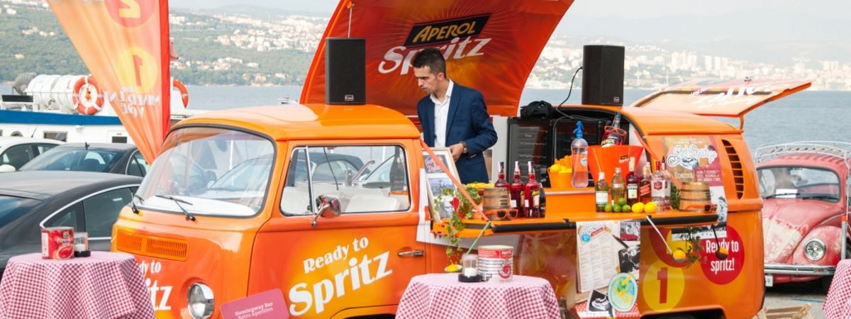 Putujući bar Aperol Spritz krenuo na ljetnu turneju Hrvatskom