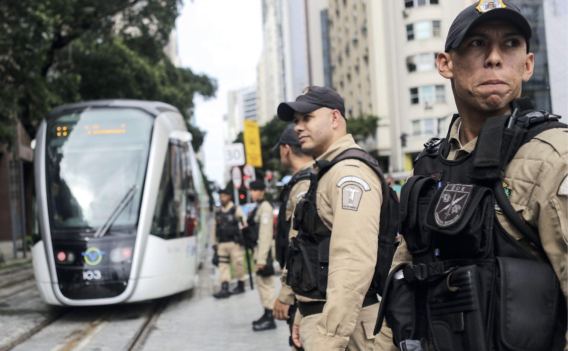 Olimpijada u zemlji kojoj prijete kolaps sigurnosti, financijski slom i Zika virus