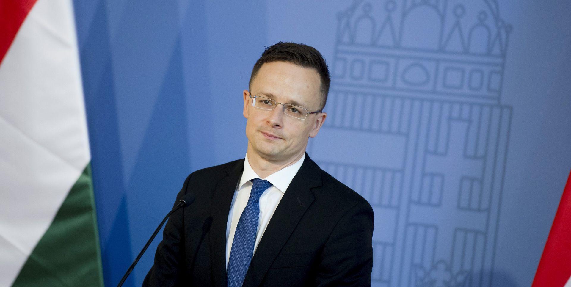 Szijjarto: Austrijski predsjednik svrstao se uz Sorosa i migrante