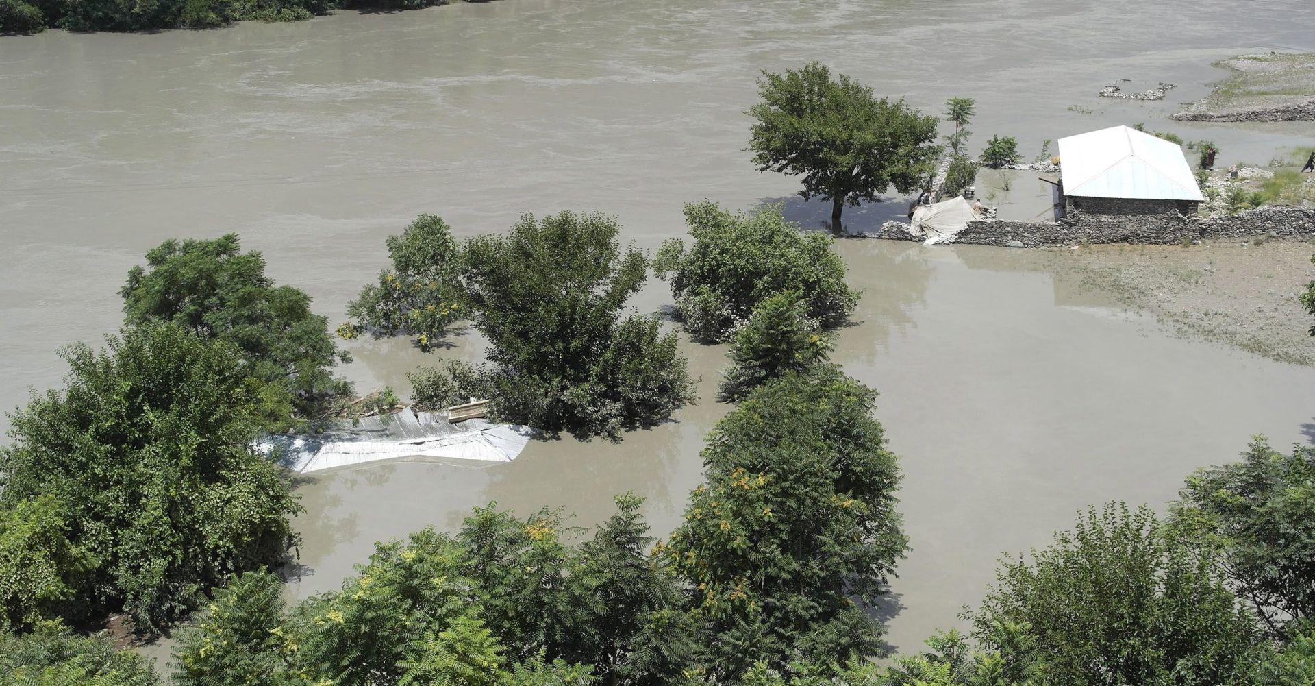U poplavama u Pakistanu 43 mrtvih, u Indiji najmanje 40