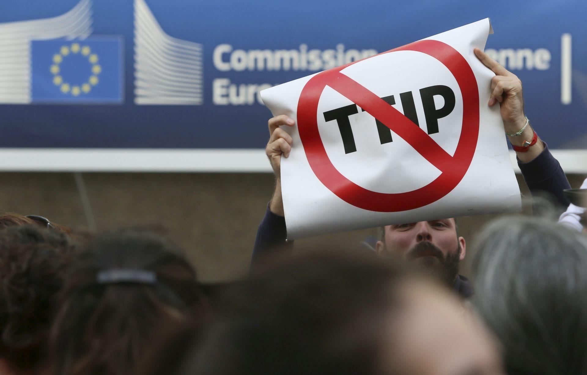 Hogan u Sloveniji: Branit ćemo europske standarde u pregovorima s SAD-om