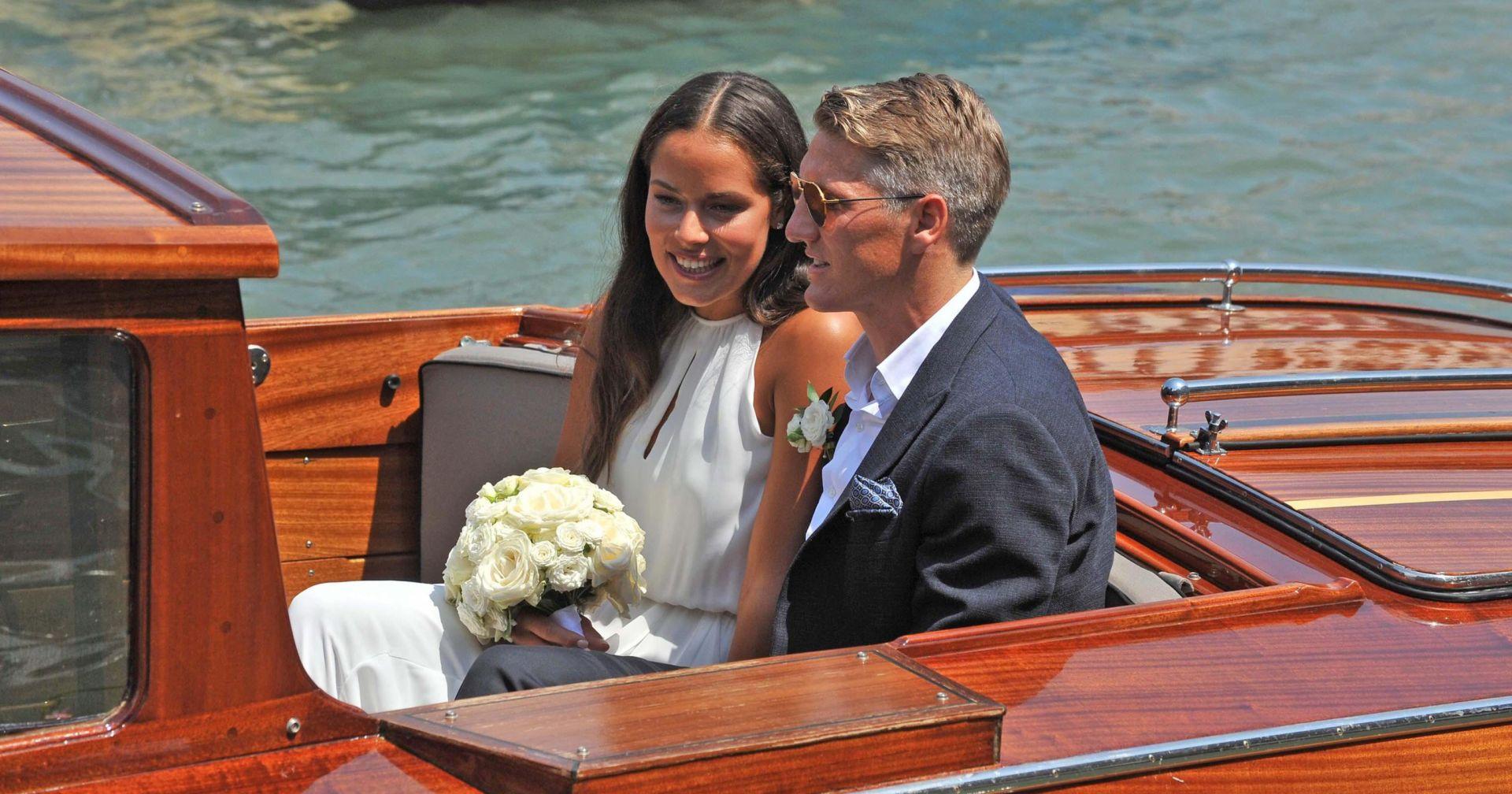 FOTO: SPORTSKO VJENČANJE GODINE Nina Badrić pjevala na svadbi Schweinsteigera i Ivanović