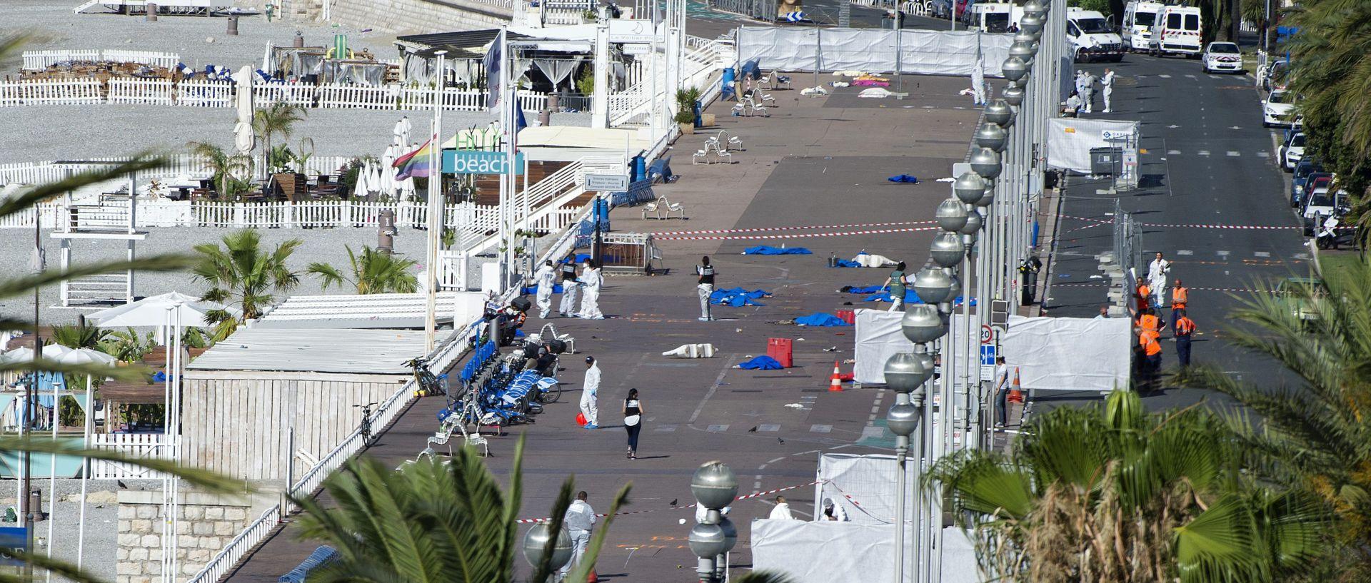 Francuska obilježava tri mjeseca od napada u Nici
