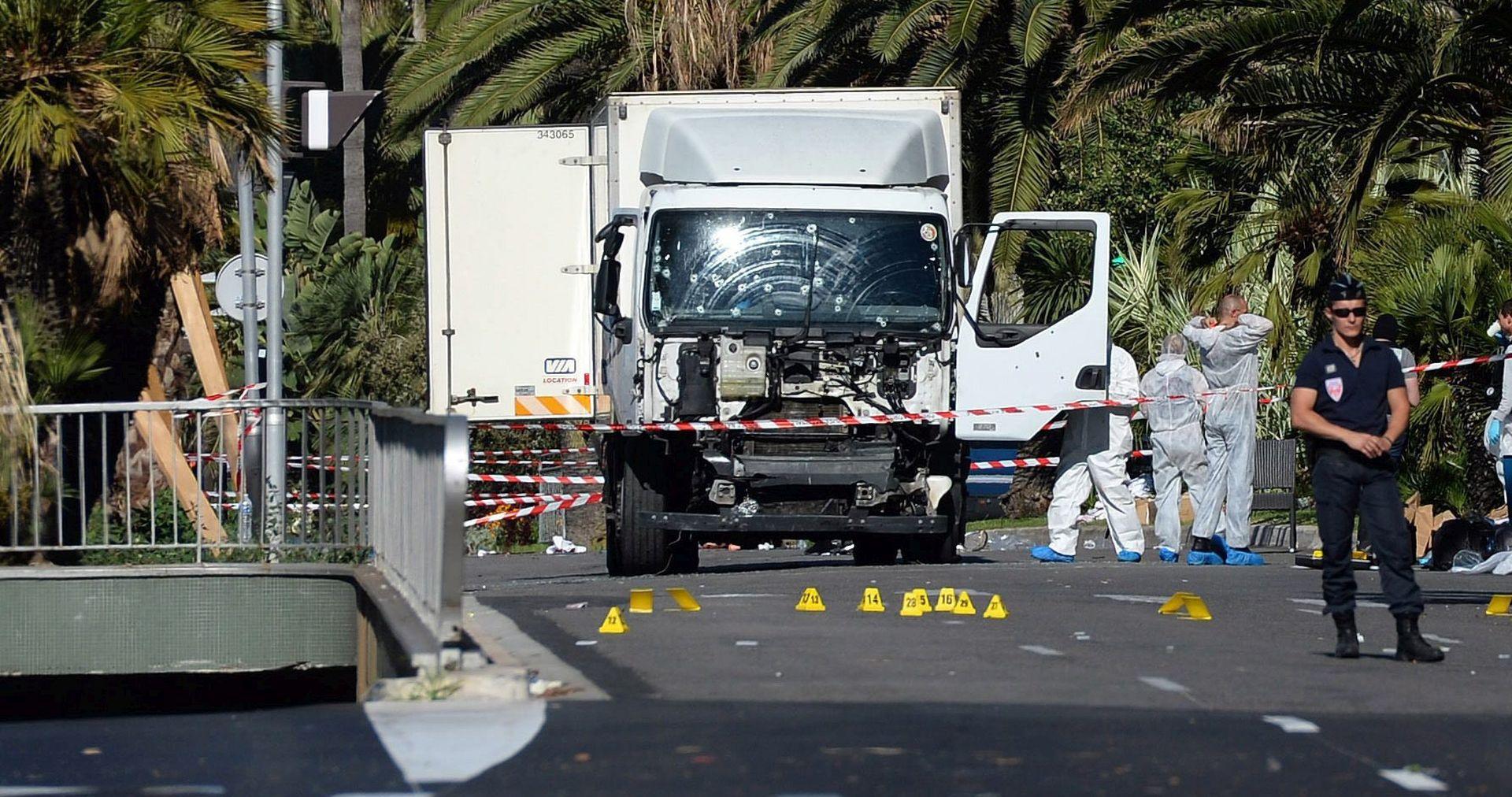 NAPAD U NICI Francuska policija uhitila pet osoba, još petero djece u bolnici u kritičnom stanju