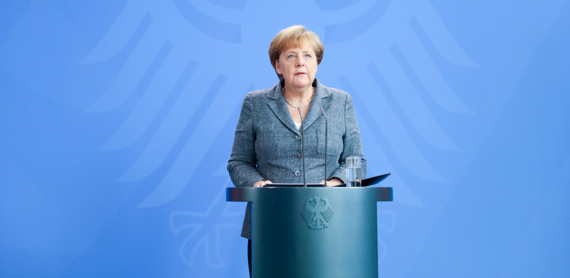 Merkel priznaje pogreške Njemačke i EU-a u pogledu izbjegličke krize