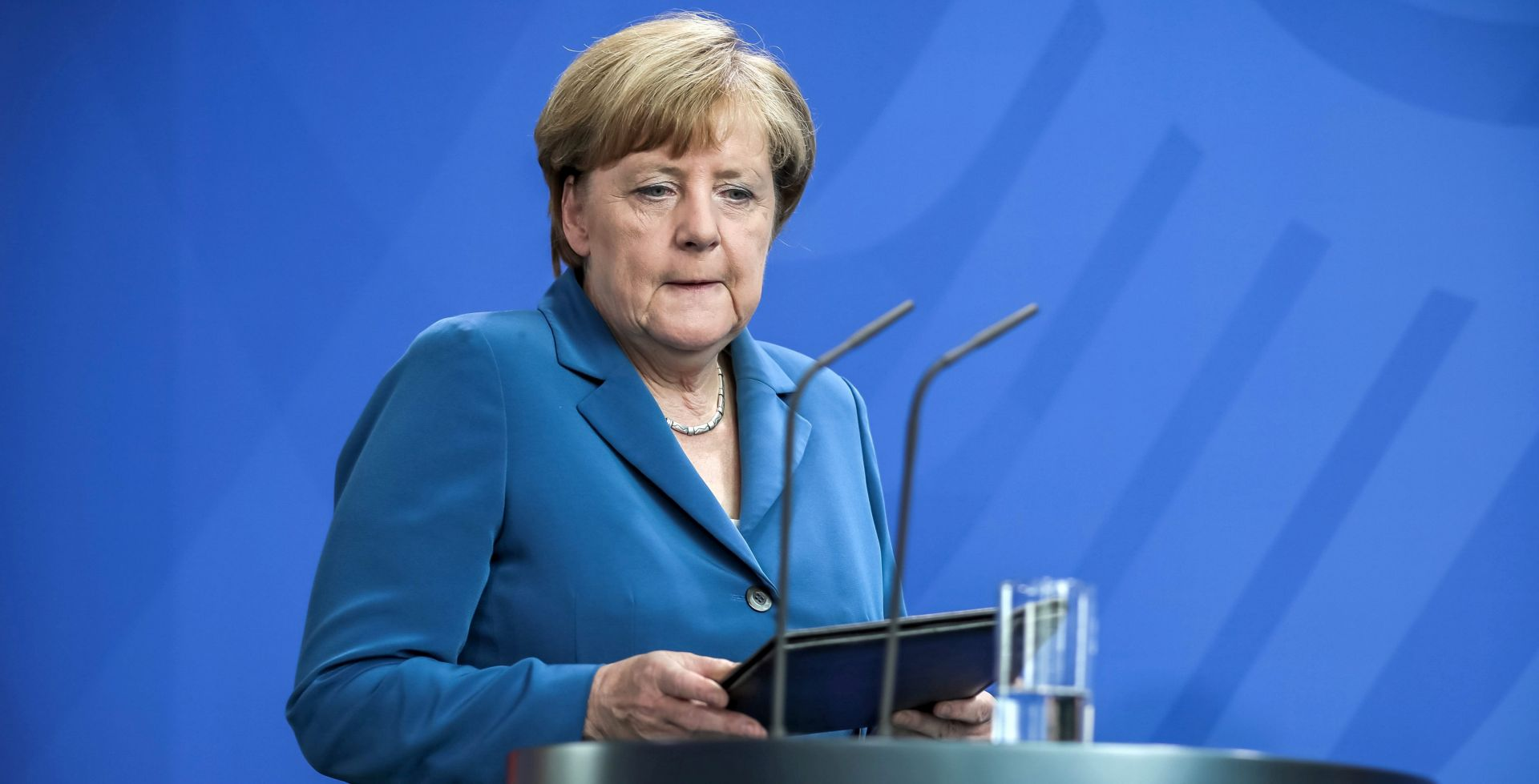 Mekel odbila mijenjati politiku o izbjeglicama, predložila nove mjere