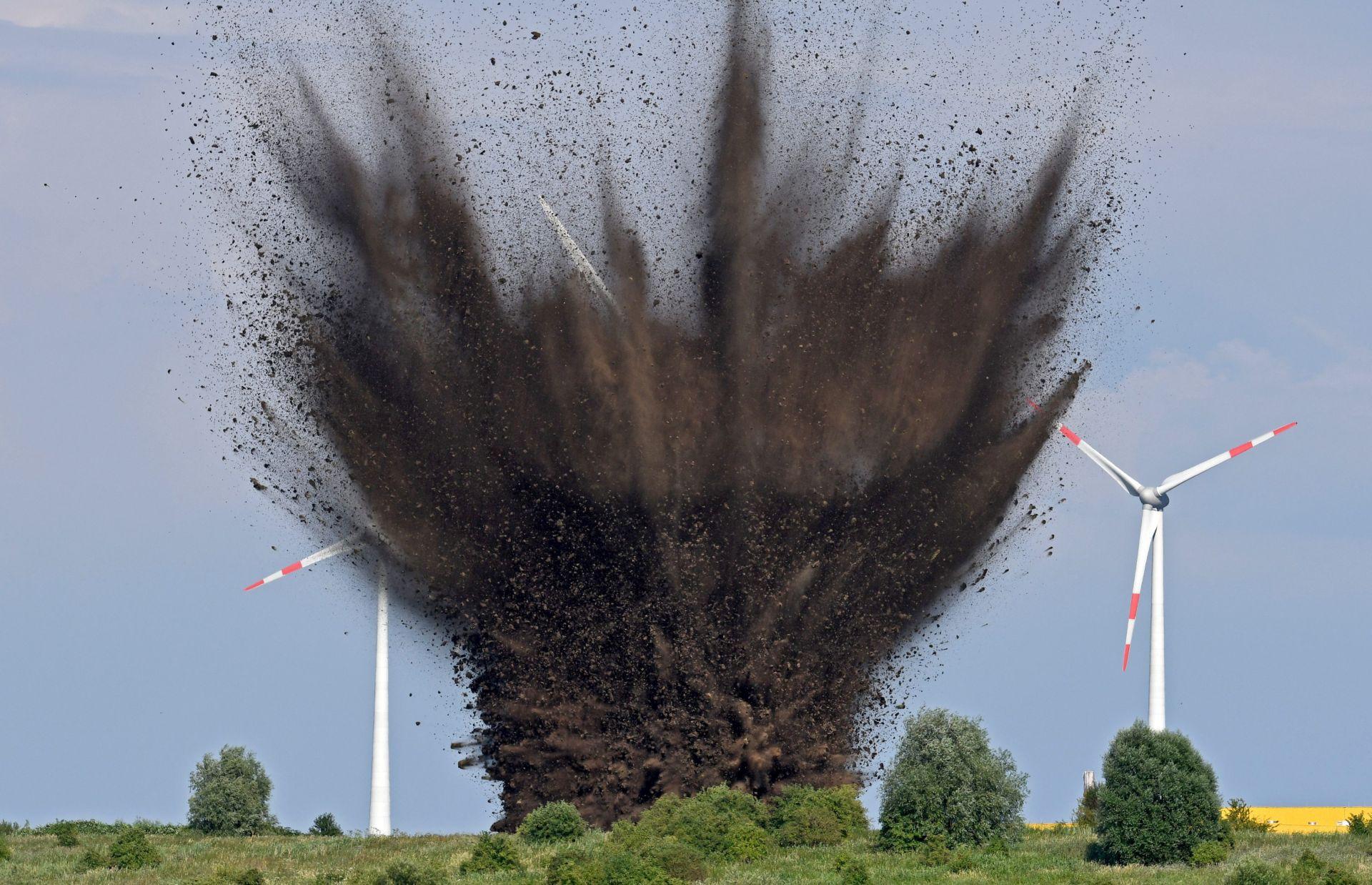 Njemački stručnjaci izveli detonaciju 1.000 kg teške bombe iz 2. svjetskog rata