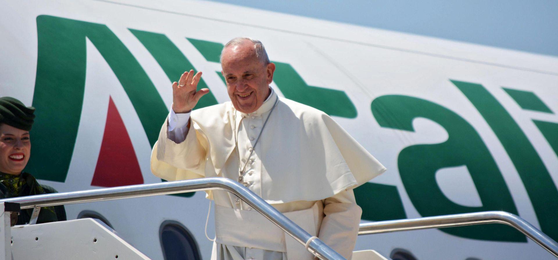 """Papa Franjo: """"Svijet je u ratu"""", ali ne vjerskom"""