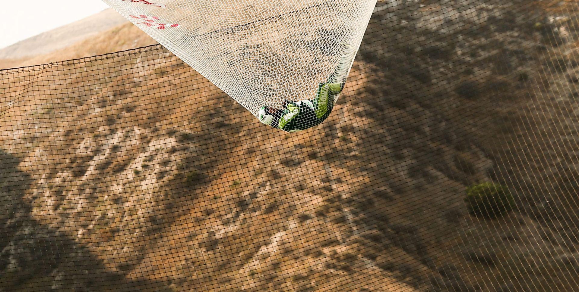 VIDEO: Avanturist Aikins skočio bez padobrana s više od 7000 metara
