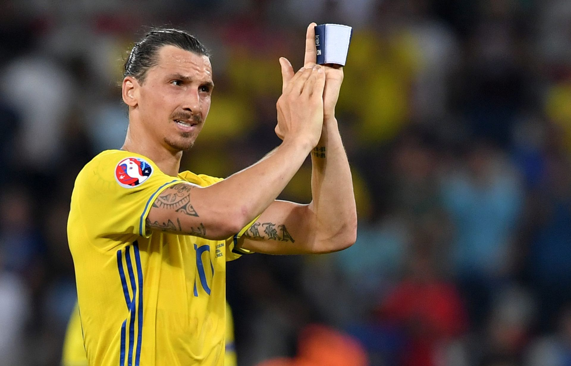 CANTONA POŽELIO DOBRODOŠLICU Ibrahimović: 'Ja ću biti Bog Manchestera'