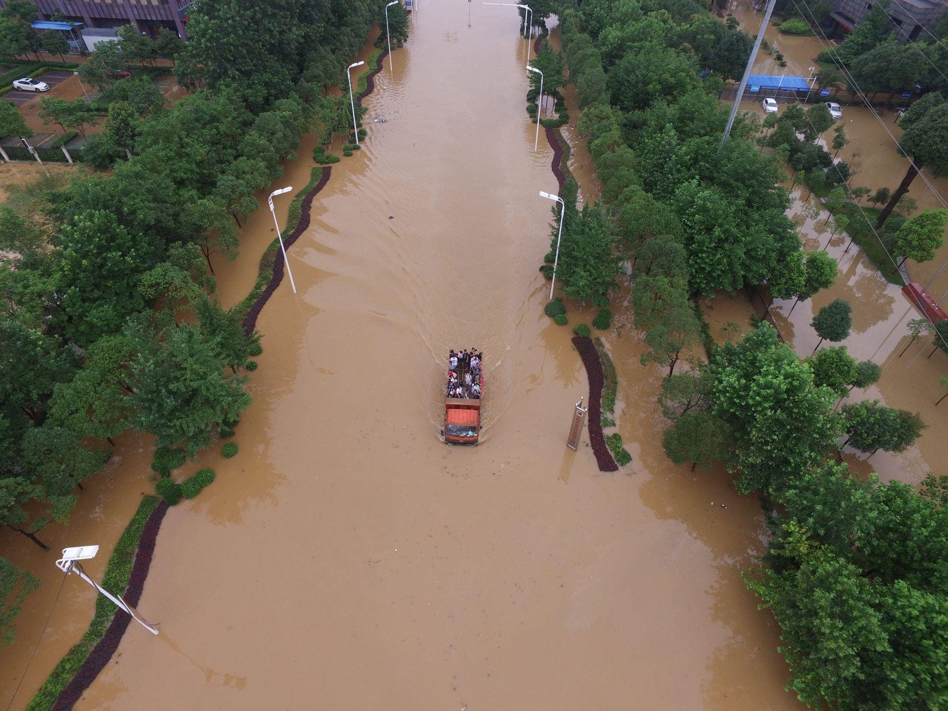 ELEMENTARNA NEPOGODA: Devet mrtvih u tajfunu u Kini