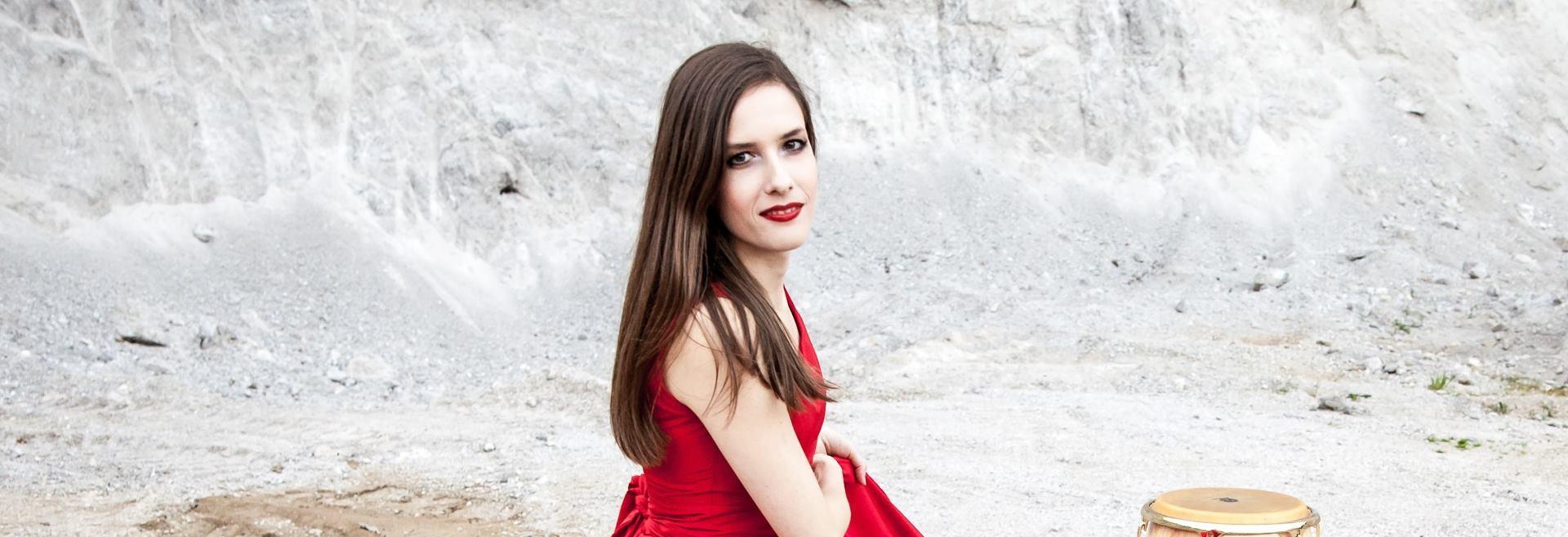 Svestrana udaraljkašica Kaya Farszky nastupa danas u sklopu programa Večeri na Griču