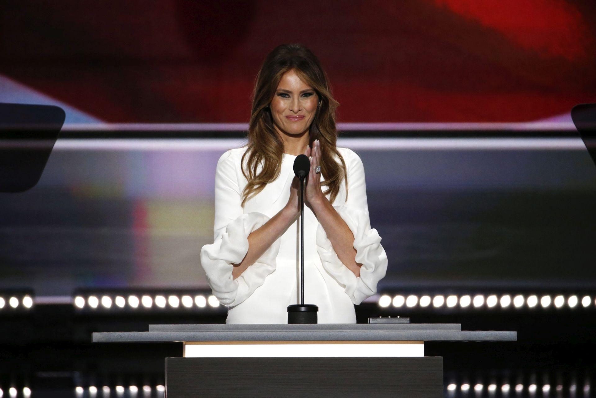 """PREDSJEDNIČKI IZBORI: Melania opisala supruga Trumpa kao """"brižnog i odlučnog"""" vođu"""