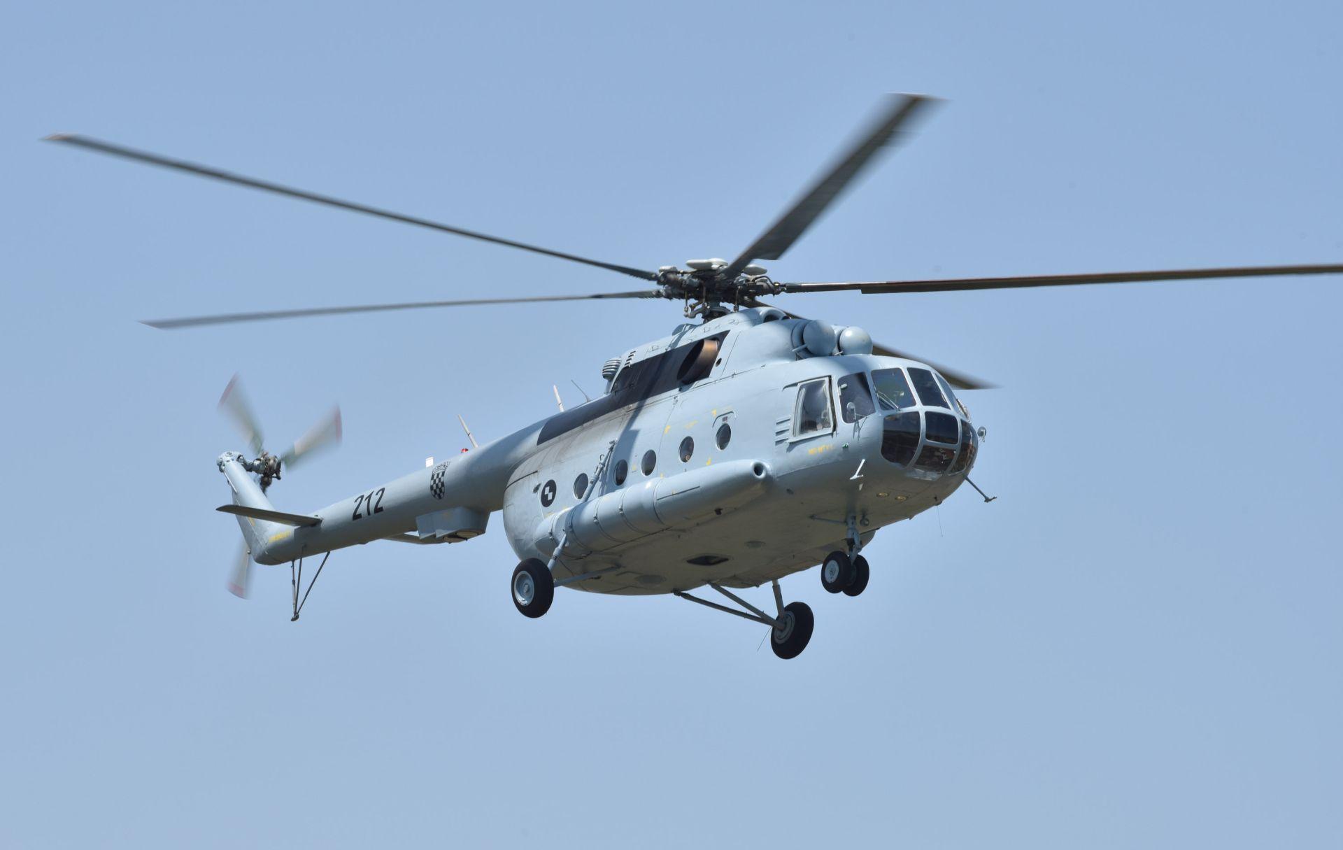 Helikopter Hrvatskog ratnog zrakoplovstva sudjelovao u akciji spašavanja planinara na Biokovu
