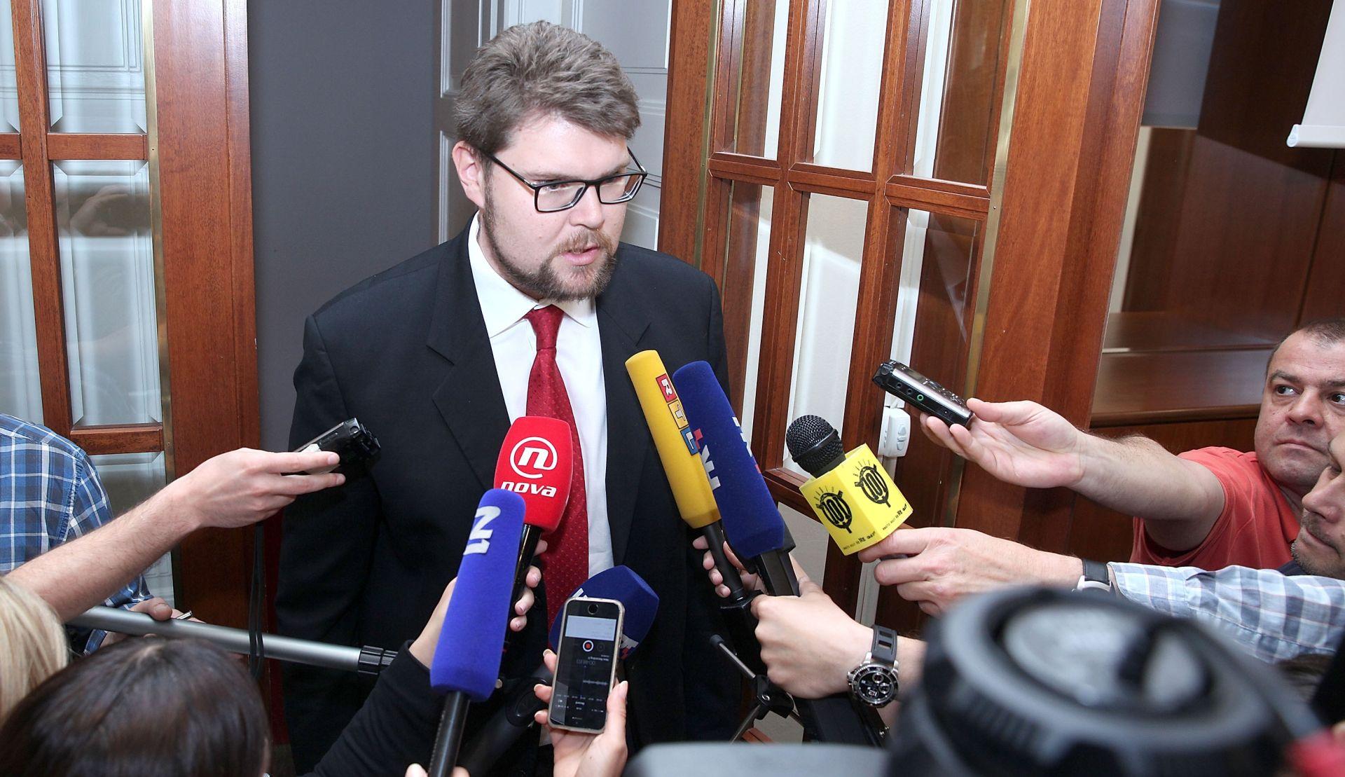 Grbin: Neka Kalmeta kaže tko je od SDP-ovih kandidata optužen ili osuđen