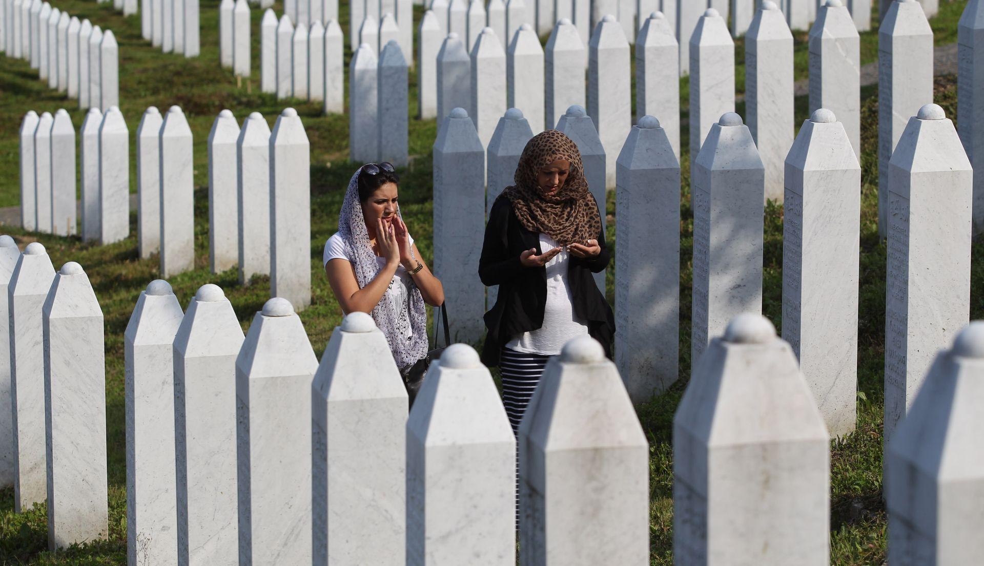 UOČI OBLJETNICE GENOCIDA: Hrvatski ultramaratonci stigli u Srebrenicu
