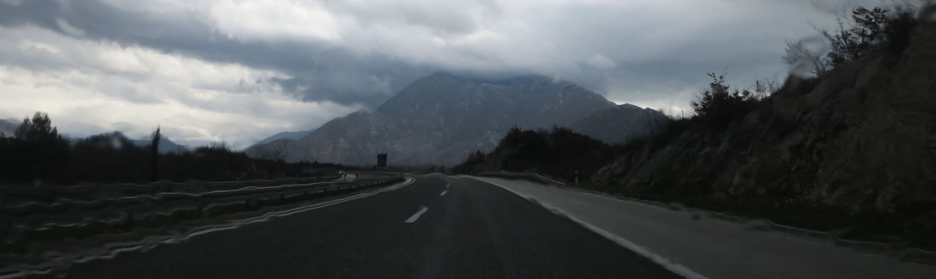 OLUJNO NEVRIJEME: U Sloveniji manje poplave i tuča