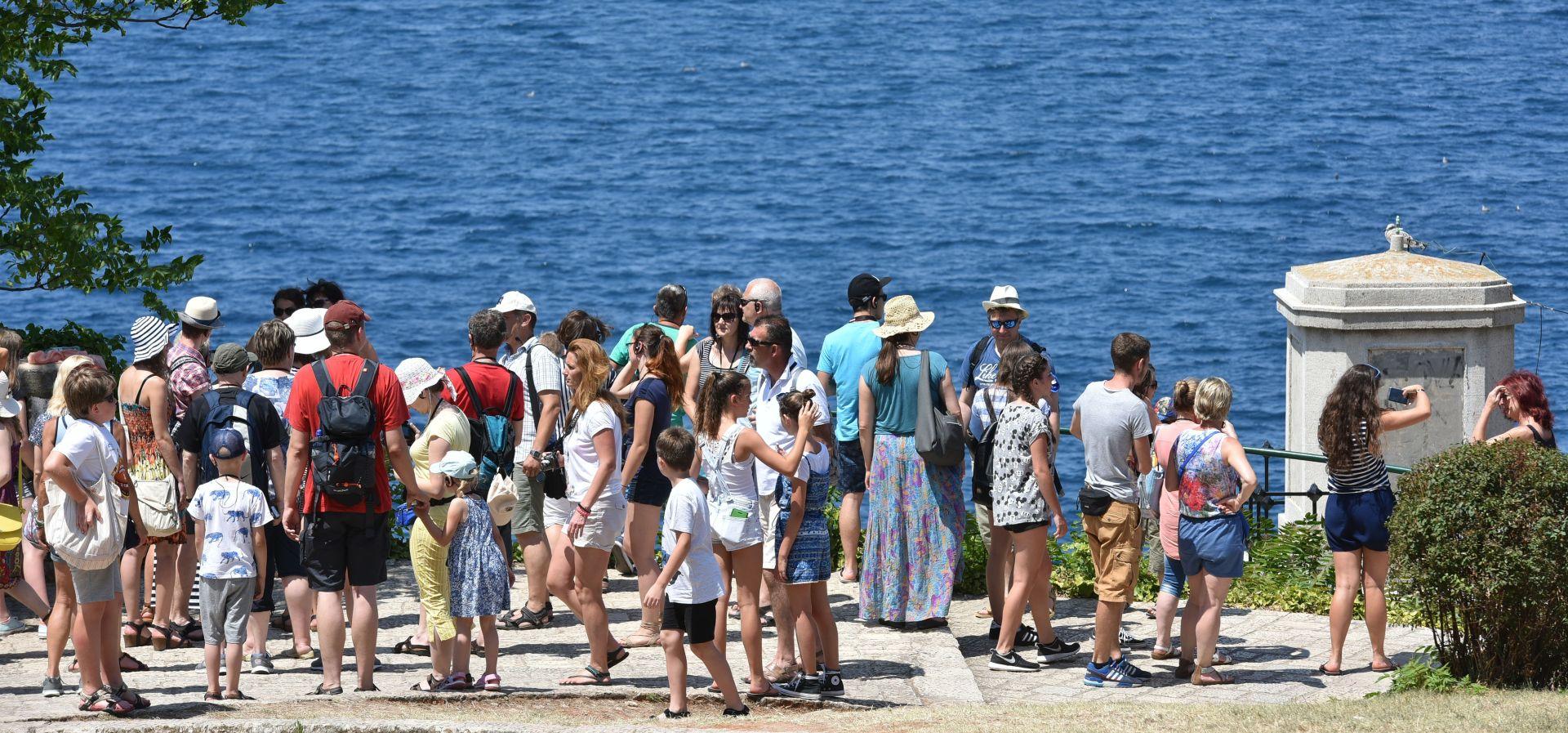 Rastu kapaciteti i turistički promet u obiteljskom smještaju