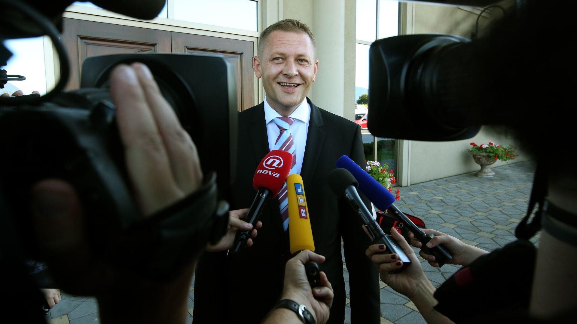 HSS ODLUČIO U predizbornu koaliciju sa SDP-om