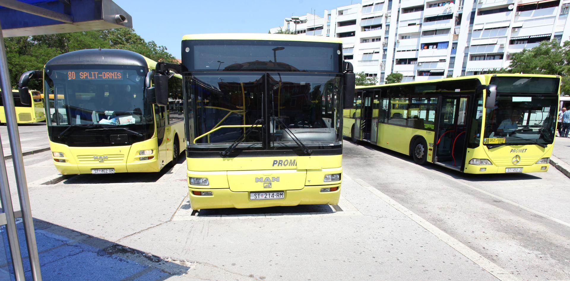 Bacio pivsku bocu na gradski autobus u Splitu; dvije putnice ozlijeđene