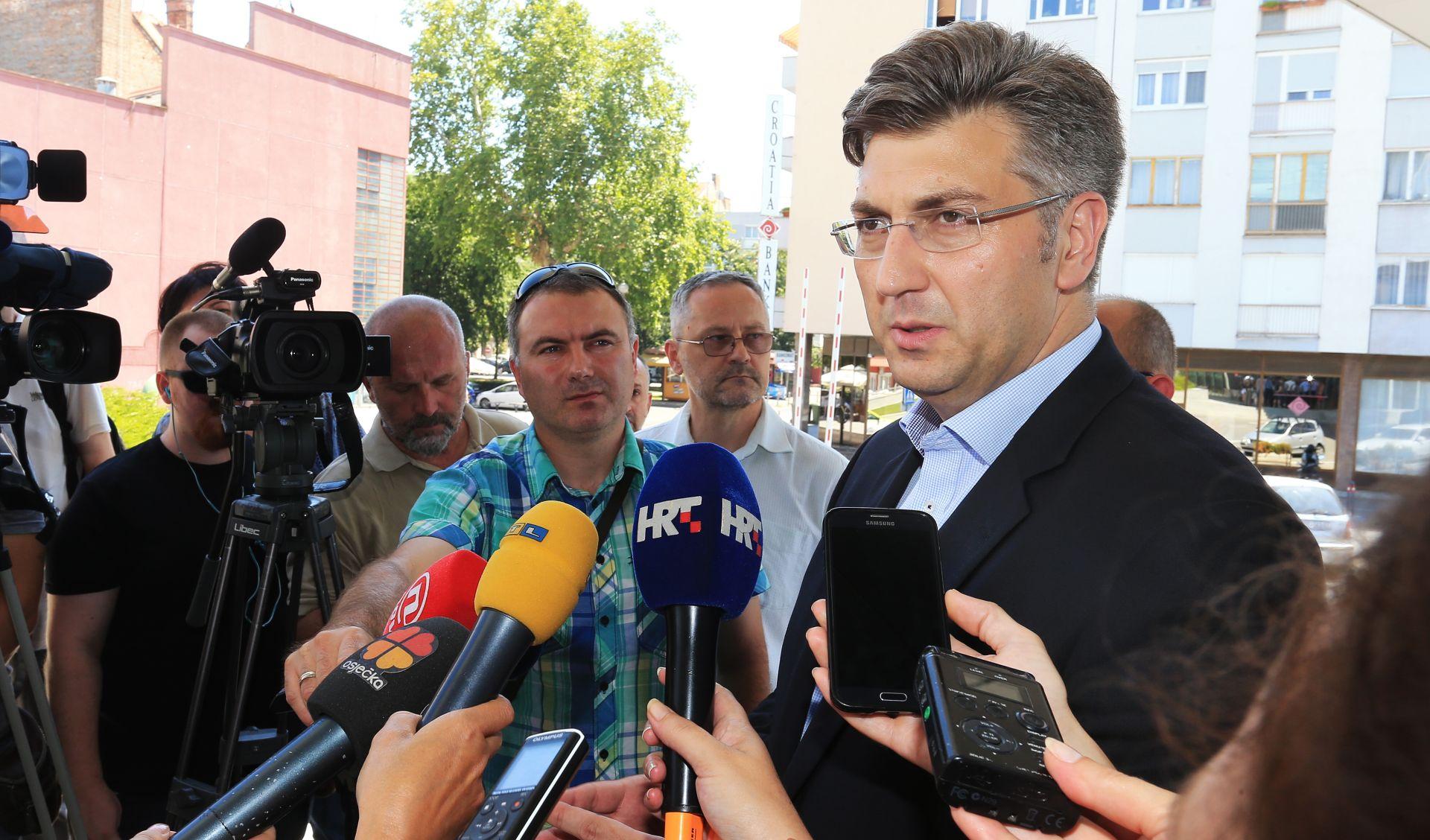 PLENKOVIĆ 'Srbijanska Vlada i institucije trebaju obzirno komentirati proces pregovora'