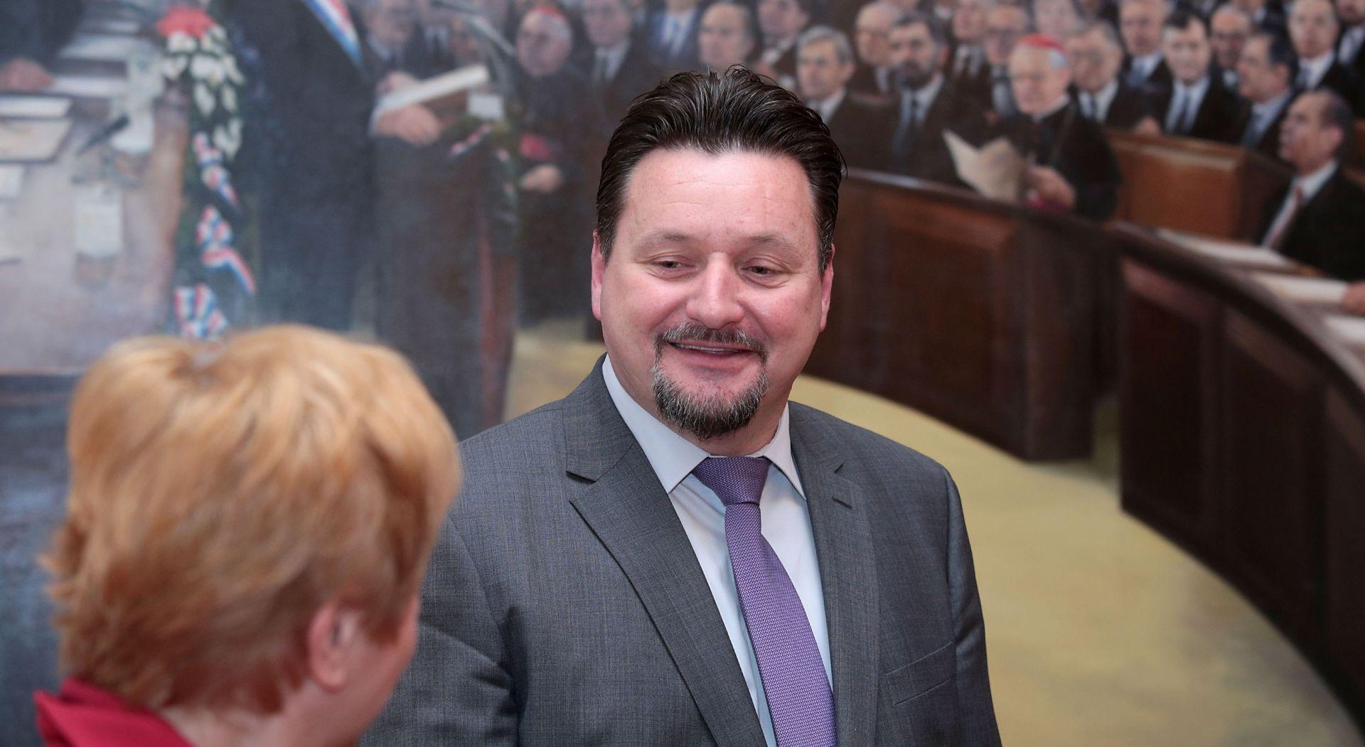 """KUŠČEVIĆ """"HSS-ovci na terenu ne dijele mišljenje Glavnog odbora"""""""