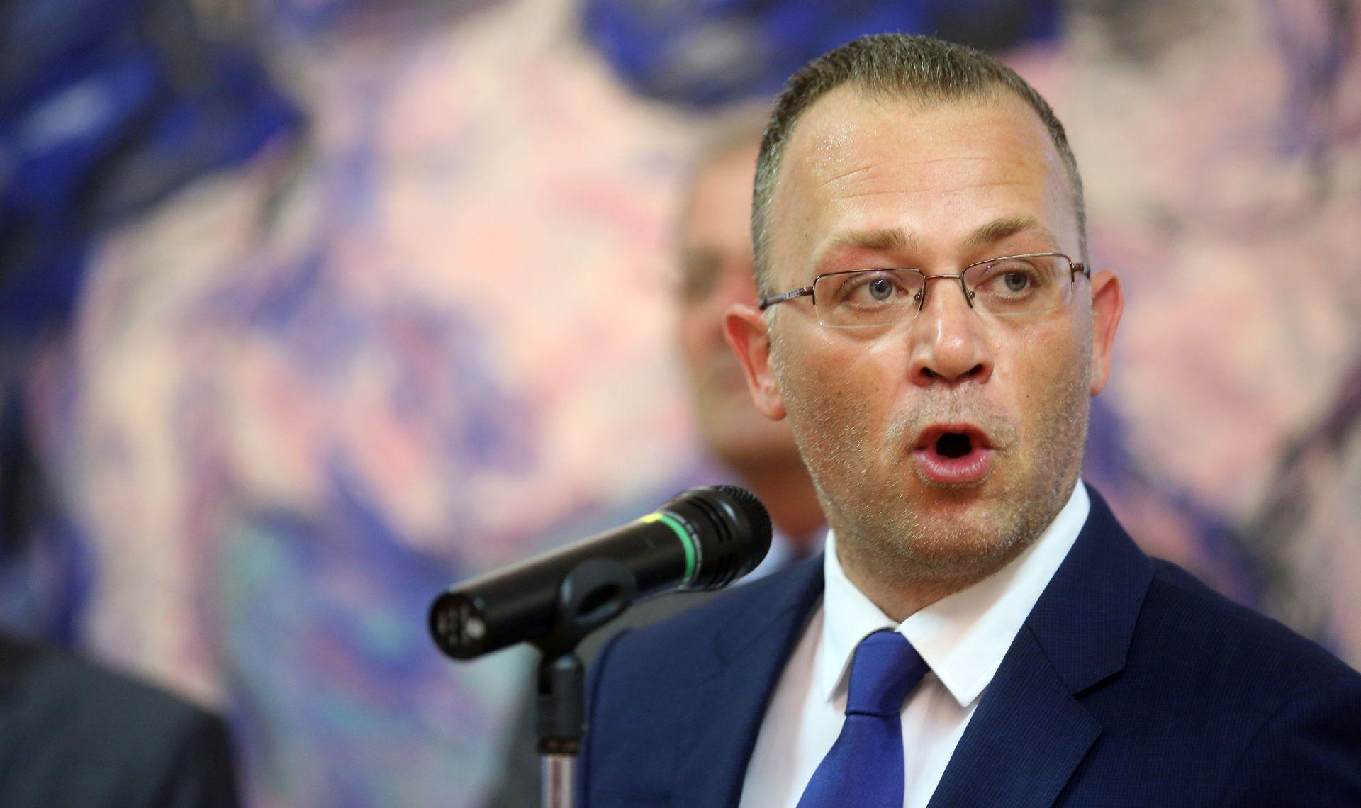 ZBOG TEKSTA U NACIONALU Hasanbegović prijavio Zrinku Vrabec Mojzeš pravobraniteljici za djecu
