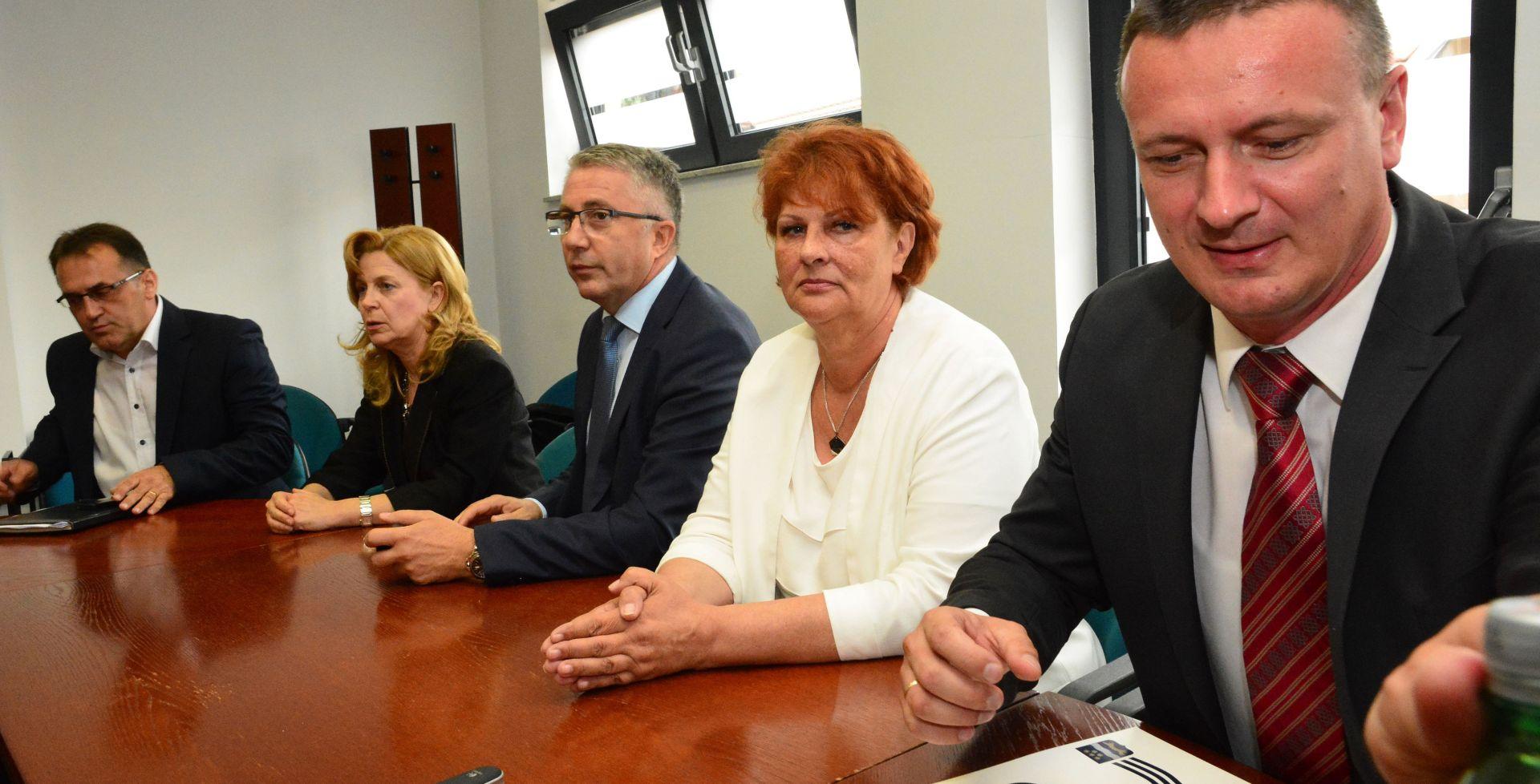 NADA ŠIKIĆ U SLAVONSKOM BRODU 'EU socijalni fond kao alat za smanjenje nezaposlenosti'
