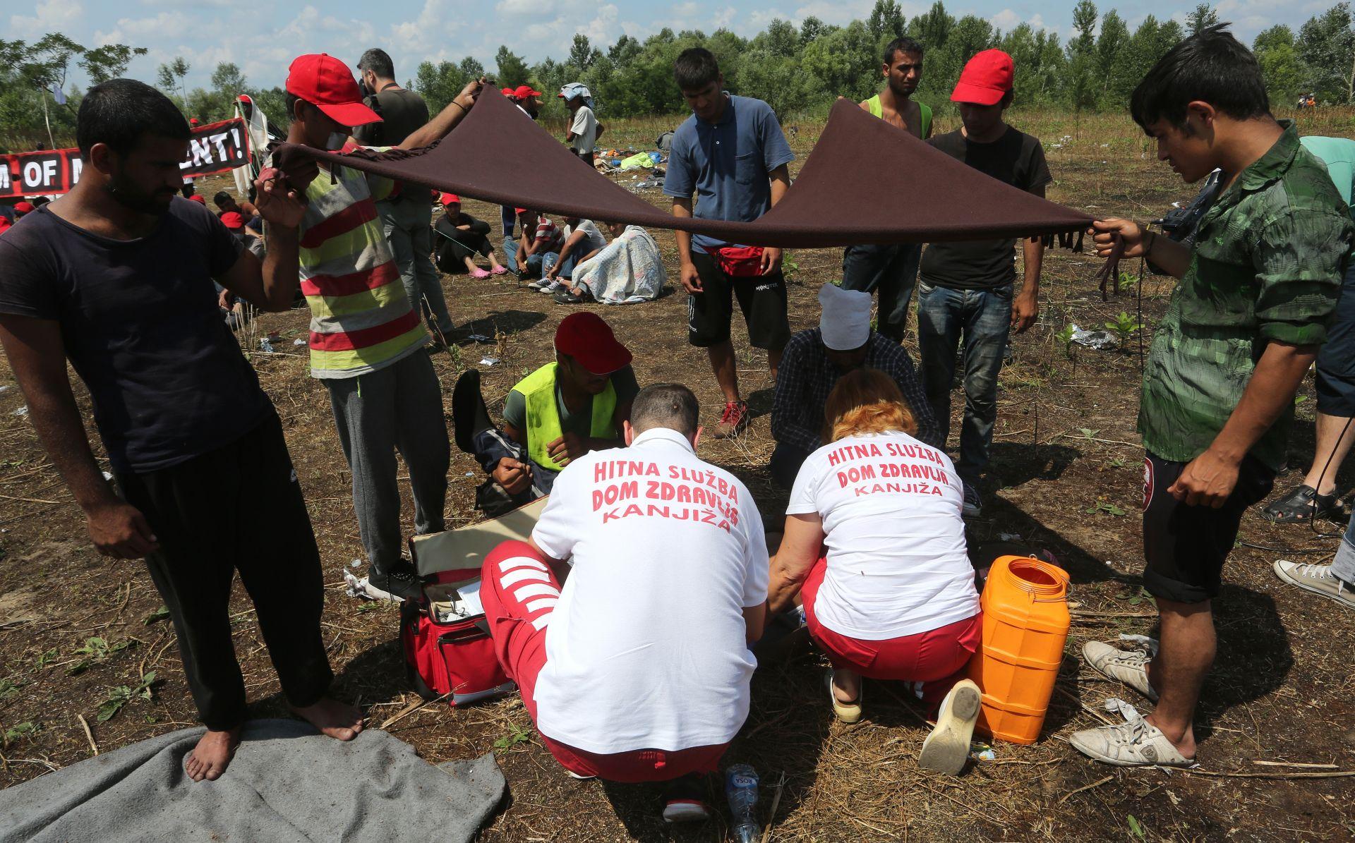 Nekolicini migranata kod srbijansko-mađarske granice pozlilo zbog štrajka glađu