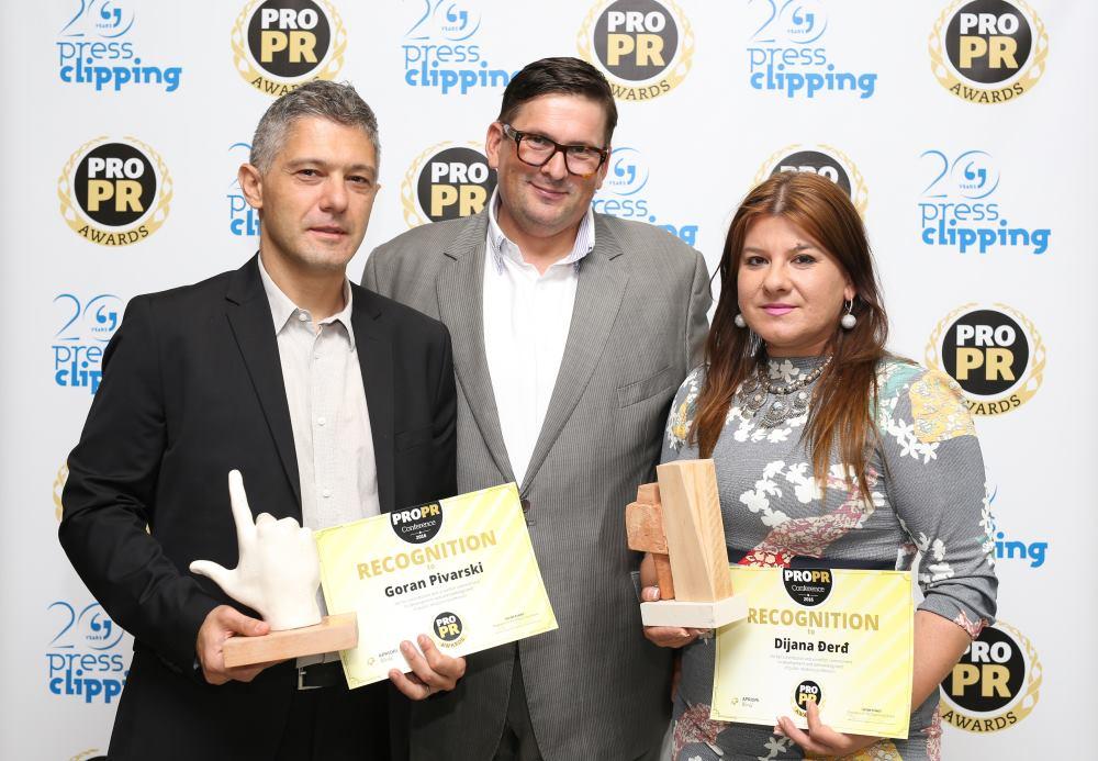 Dobitnici nagrade PRO.PR Awards - Dijana Đerđ i Goran Pivarski s Danijel Koletić
