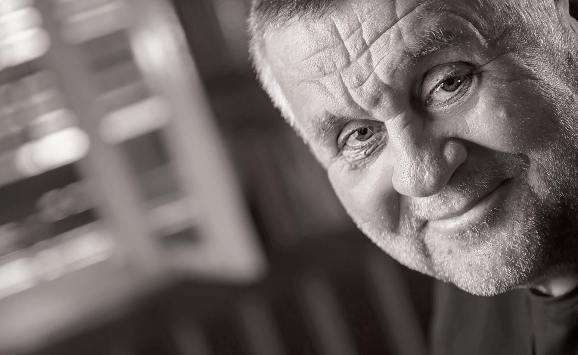 INTERVIEW: RAJKO GRLIĆ 'Vlada je pala zato što je netko opet džepario Hrvatsku'