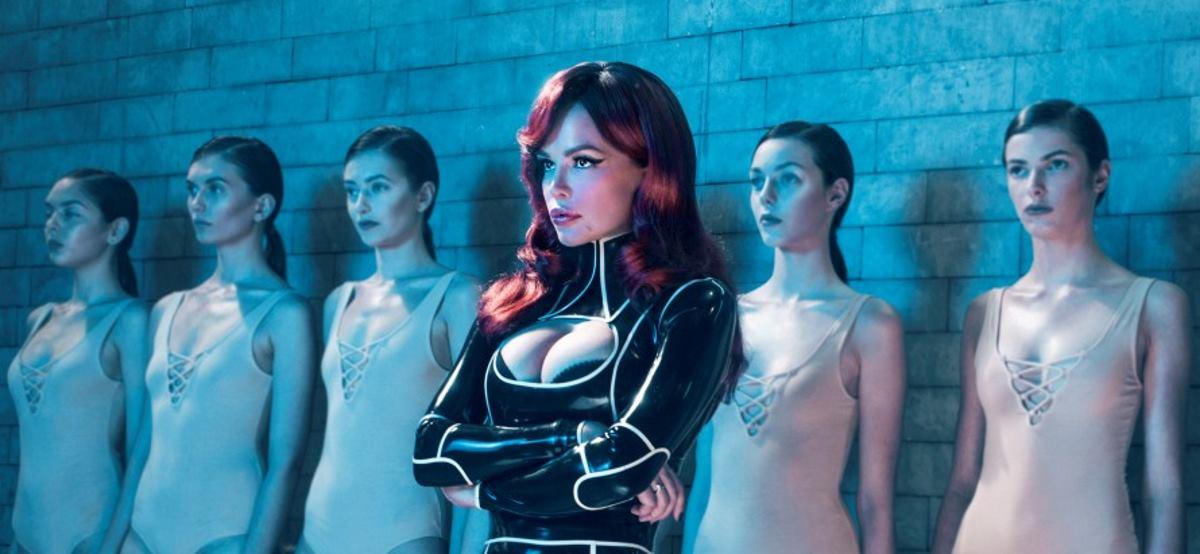 FOTO: Severina najavljuje novi single 'Silikoni'