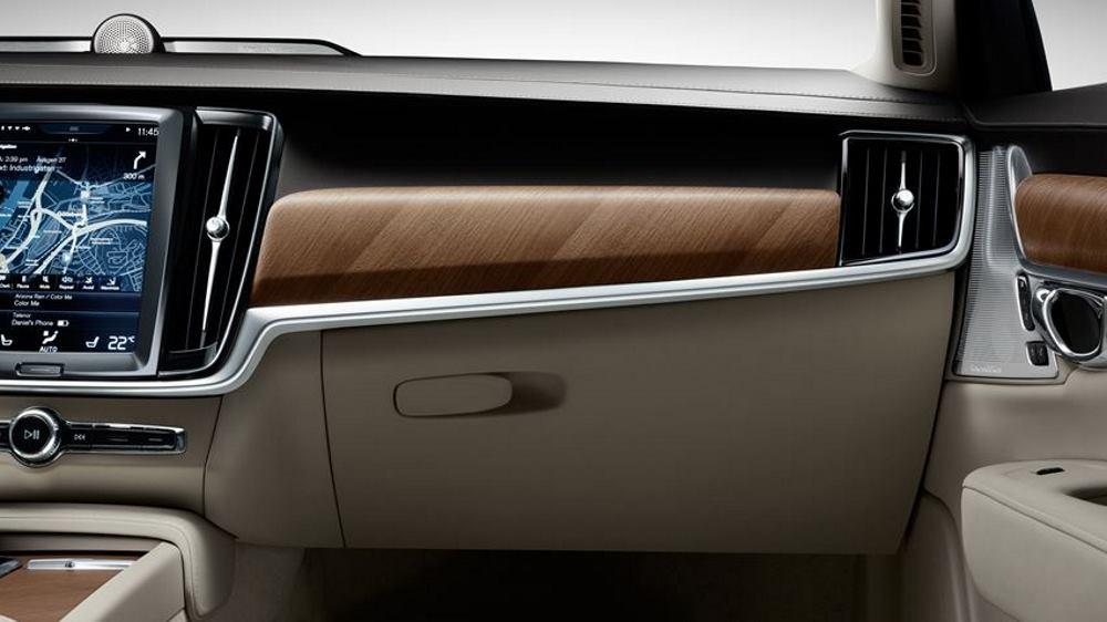 Luksuzan unutrašnji dizajn Volva S90