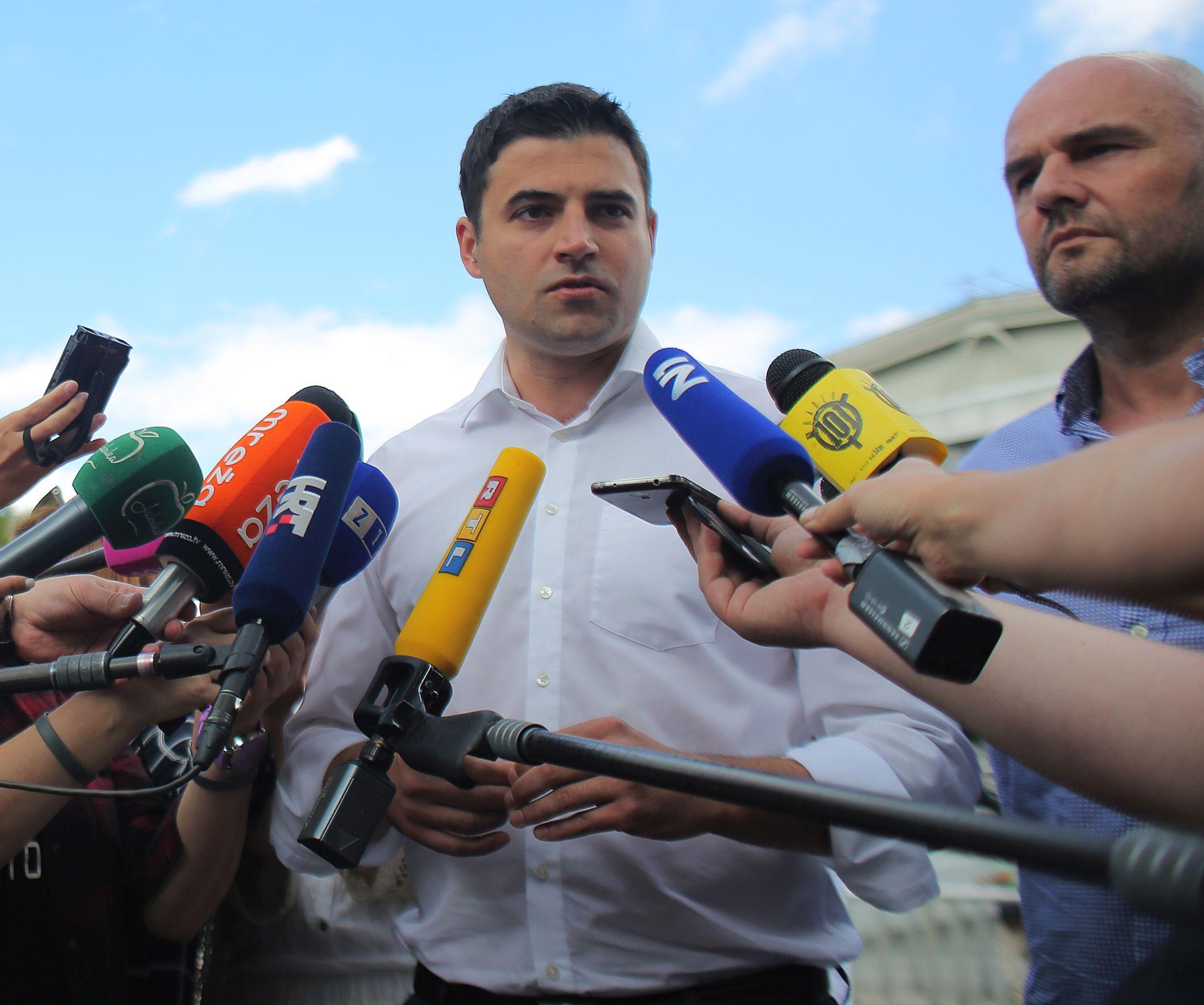 DAVOR BERNARDIĆ: 'Na izbornoj listi treba biti mjesta za Stjepana Mesića'