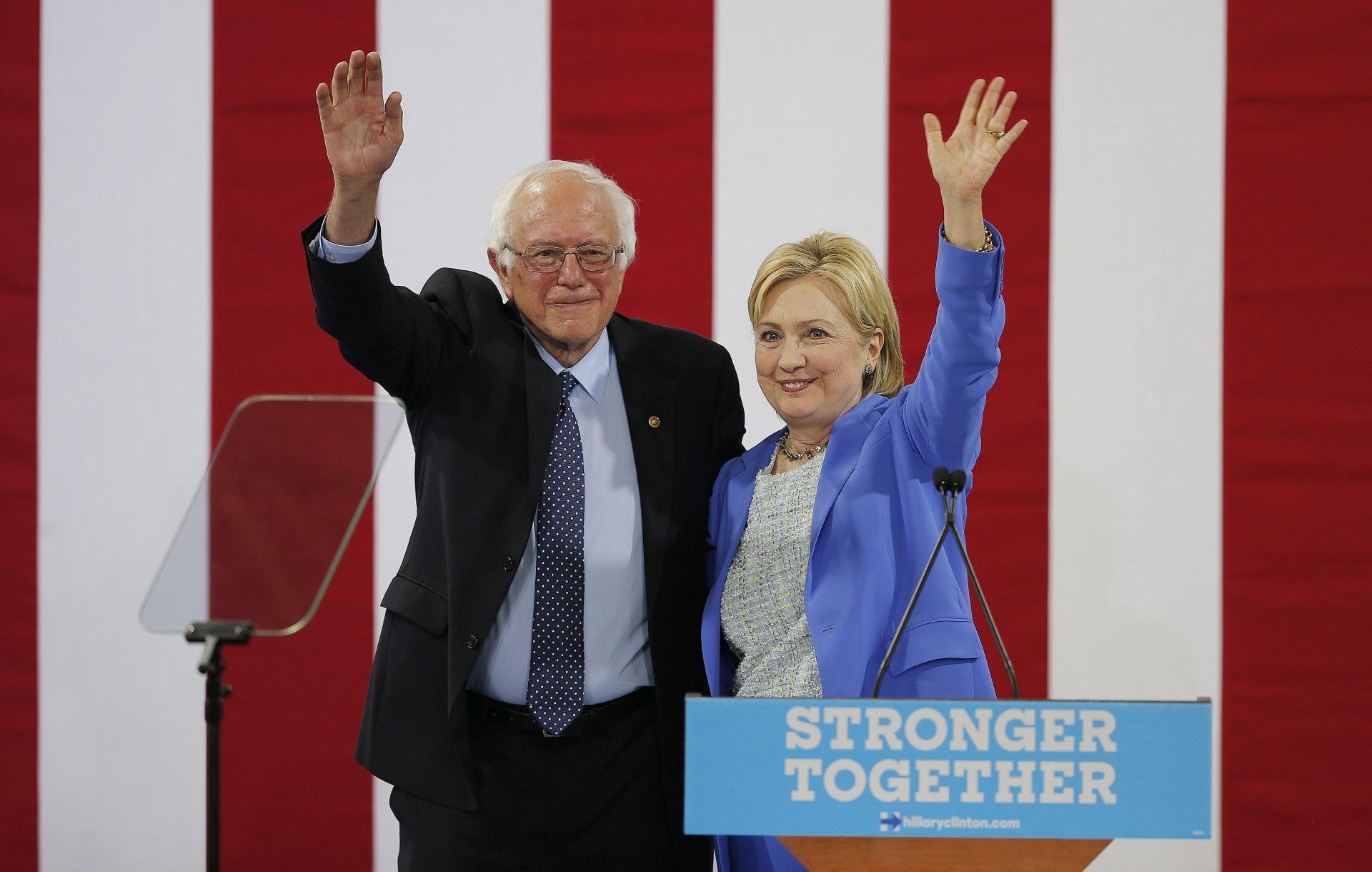 PREDSJEDNIČKI IZBORI: Sanders u zadnji trenutak podržao Clinton za predsjednicu