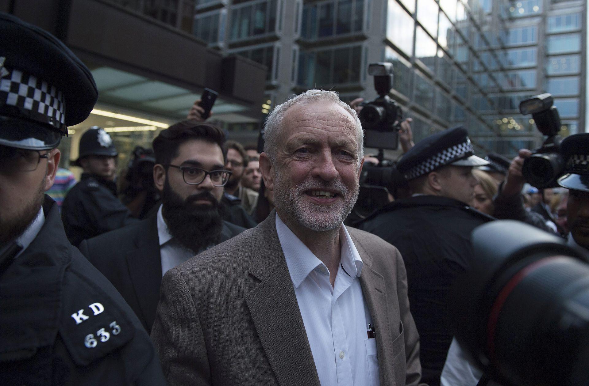 Corbyn na prosvjedu radnika u Londonu za veće plaće