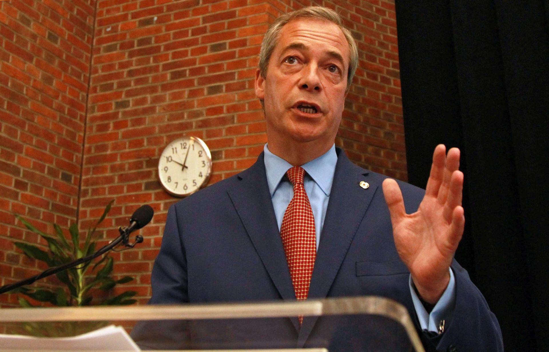 Skup u Mississippiju: Farage podržao Trumpa