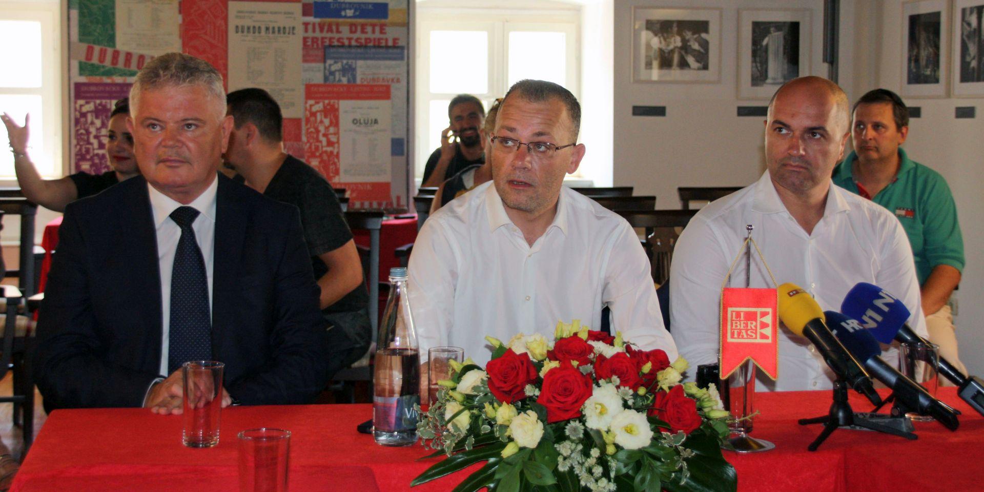 Zlatko Hasanbegović na listi Brune Esih za zagrebačku Gradsku skupštinu