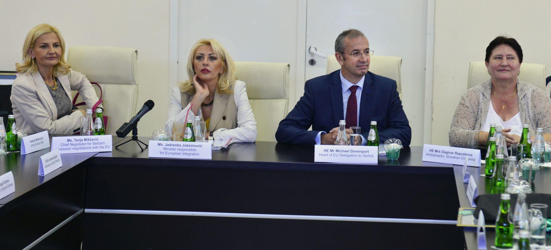 """Srbijanska ministrica potjerala HR novinare: """"Ja određujem kome ću dati izjavu"""""""