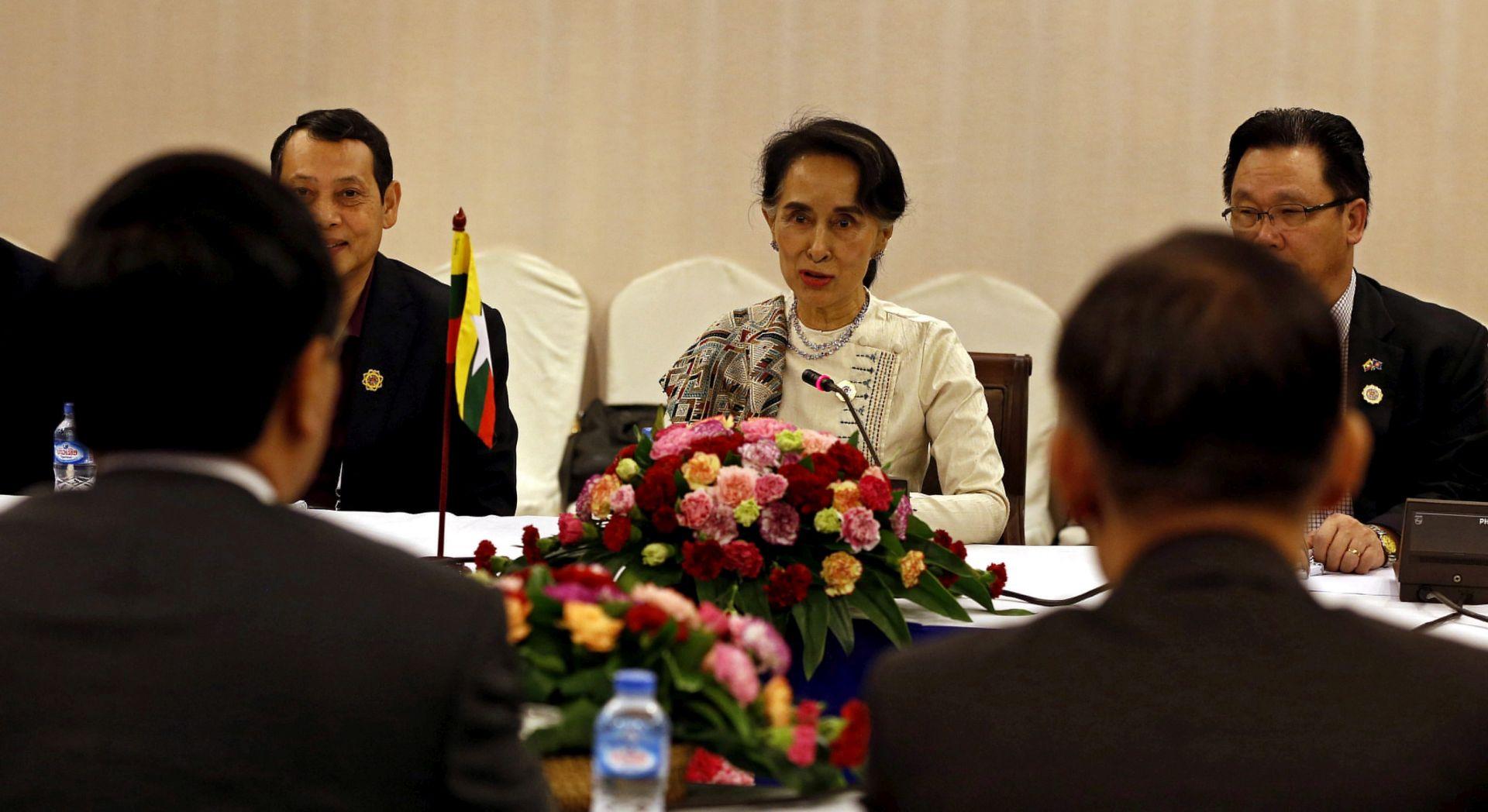 NAKON PRESUDE: Sporno pitanje Južnokineskog mora dominira sastankom ministara ASEAN-a