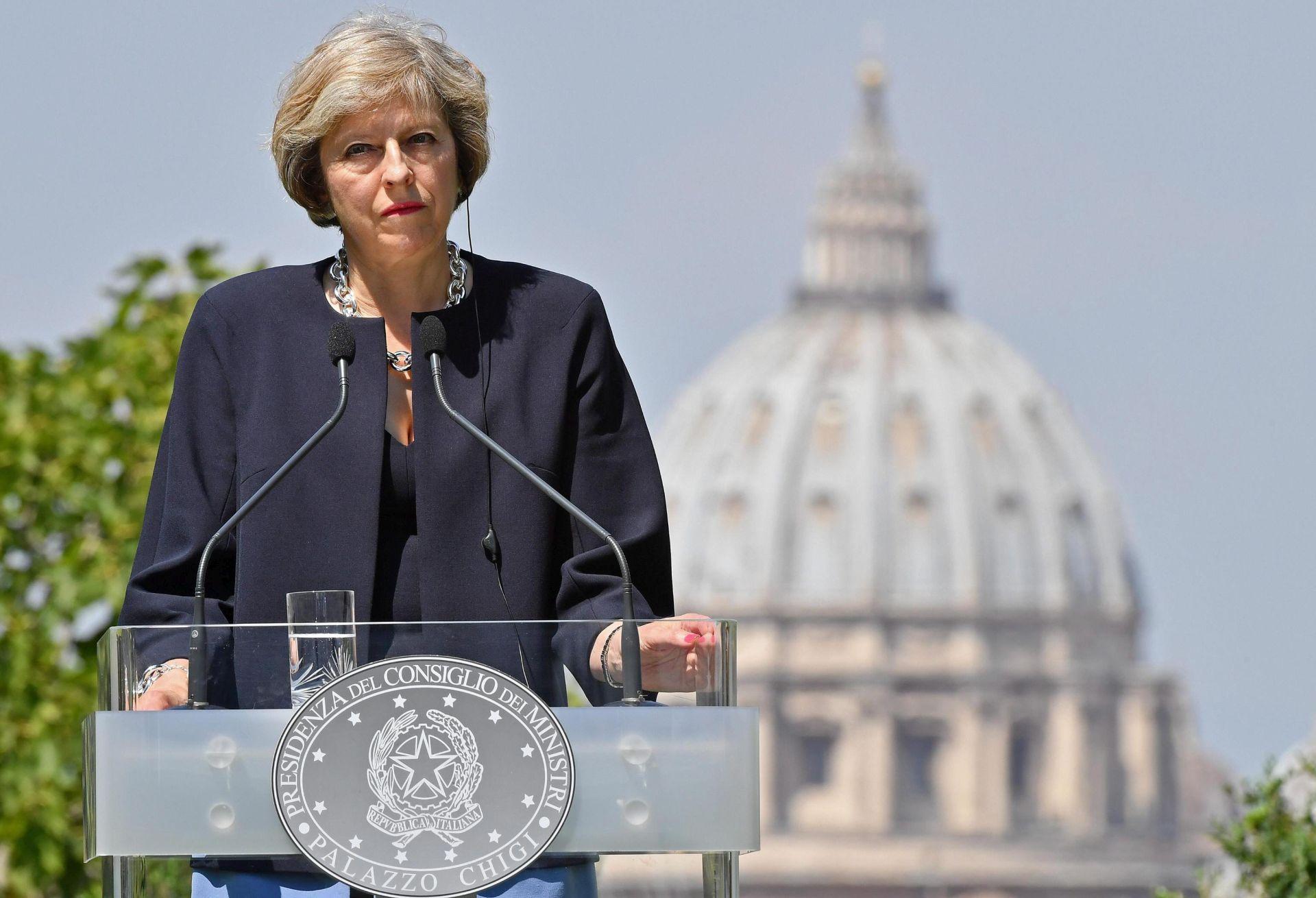 THERESA MAY: 'Model za idealan Brexit možda ne postoji'