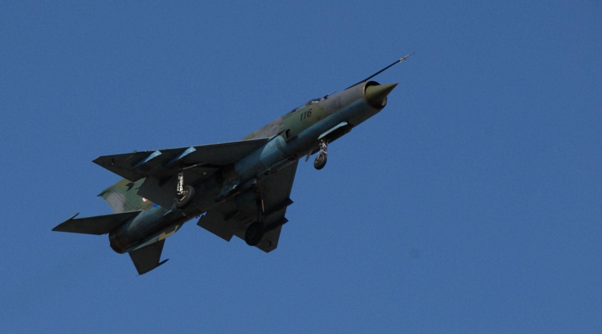 LAŽNA UZBUNA: Hrvatski MiG-ovi presreli zrakoplov zbog dojave o bombi